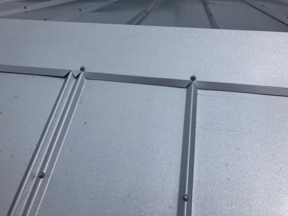 Metal Roof Panel, Super Close Up, Zoller Roofing, Sarasota FL